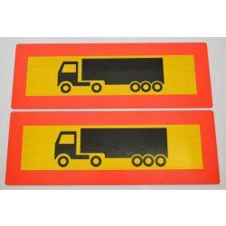 Fényvisszaverő tábla keretes E jelzett kamionos 565*200mm